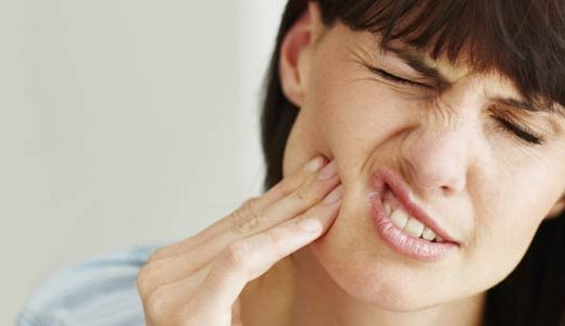 ¿Duelen los implantes dentales?