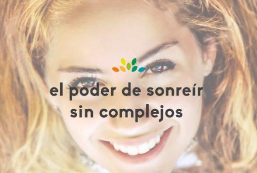 El poder de sonreír sin complejos